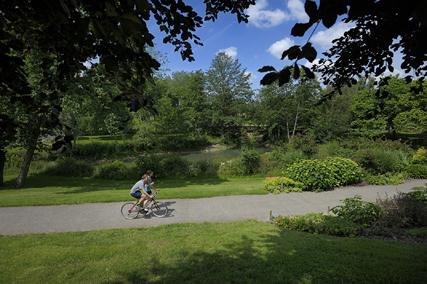Reportage touristique ˆ Cholet (Maine-et-Loire) Parc de Moine, cyclisme et course ˆ pied.©JEAN-SEBASTIEN EVRARD 0681653729