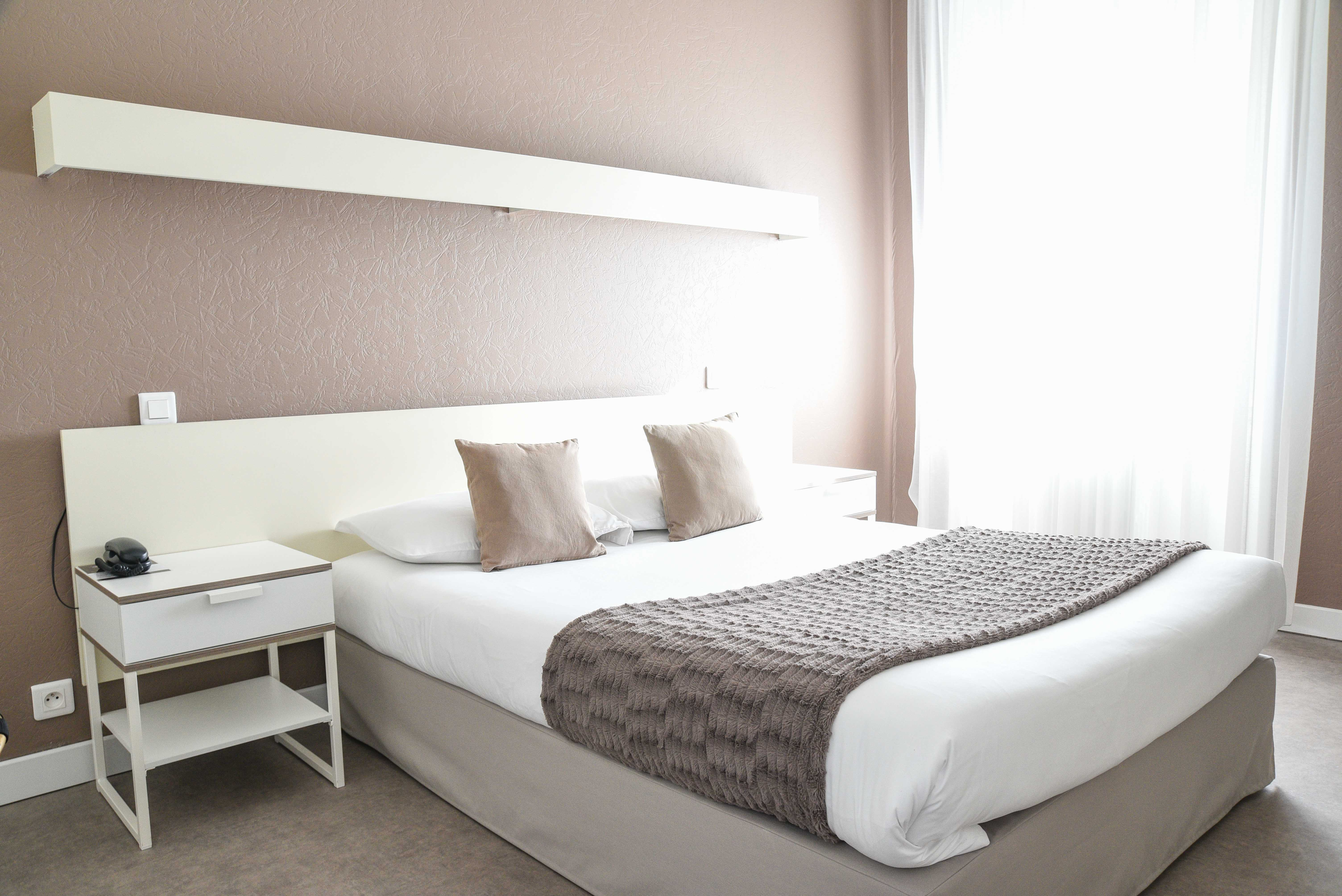 chambre-double-hotel-cholet